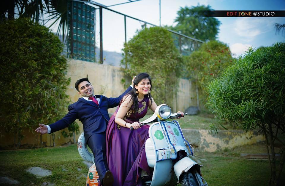 Pre wedding shoot in Jaipur – Must have pre wedding photos
